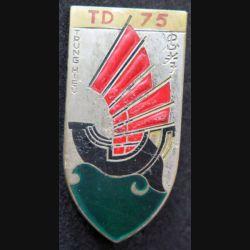 75° TD : 75° Tieu Doan bataillon d'infanterie Tring Hieu de fabrication Drago R 76