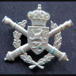 insigne de béret de l'école d'artillerie de l'armée belge argenté