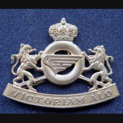 insigne de béret de quartier maître et transport QMT de l'armée belge bronze doré
