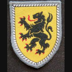insigne tissu inconnu lion sur fond jaune bordé de gris