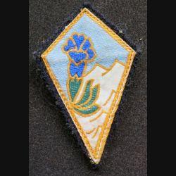 27° DA : insigne tissu de la 27° division alpine sur tissu noir