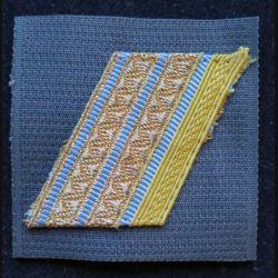 FRANCE : galon de combat de caporal chef séparation bleue claire sur scratch