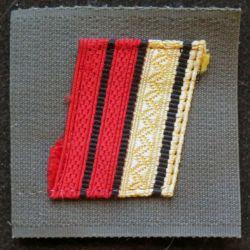 FRANCE : galon de combat de caporal chef engagé sur scratch