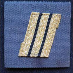 FRANCE : galon de combat de sergent chef séparation noire sur scratch