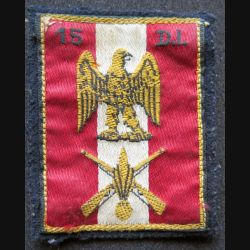 15° DI : insigne tissu de la 15° division d'infanterie sur feutrine avec crochets au dos