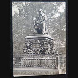 Carte postale Monument de Léningrad Ivan Krylov 1848 - 1855