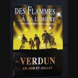 Carte postale des flammes à la lumière Verdun en juin juillet