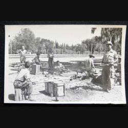 Photo argentique 18 x 11,5 cm sur la guerre d'Algérie méchoui