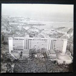 Photo argentique 18 x 24 cm sur la guerre d'Algérie coup d'état du 13 mai 1958 au CPSM d'Alger