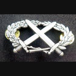 BMP 1 : insigne du brevet militaire professionnel n° 1 échelon argent Coinderoux attaches pin's