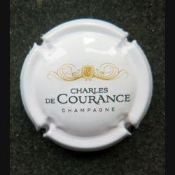 Capsule Muselet de bouteille de champagne Charles de Courance blanc or et noir (L8)