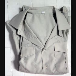 Chemise vert olive grande manches taille 40