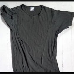 T shirt Maillot de corps militaire Kaki taille 96 étiquette effacée