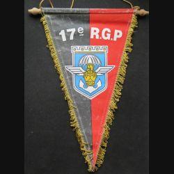17° RGP : fanion du 17° régiment du génie parachutiste sapeur suis para demeure 20 x 33 cm