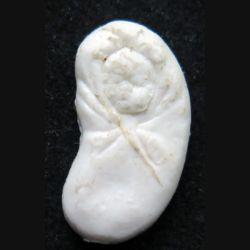 Fève bébé forme haricot en plastique