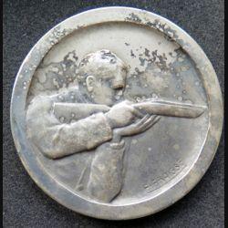 médaille de bronze argenté de tir offert par le ministre du secrétariat d'état de l'éducation physique