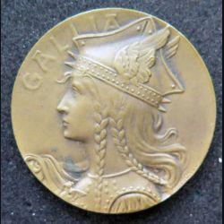 médaille en bronze du prix offert pr le délégué de l'union des sociétés de tir de France diamètre 3,5 cm