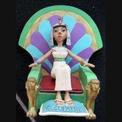 Cléopatre avec son trône (2 pièces) en résine plastoy collectoys Atlas 2000 hauteur 12 cm
