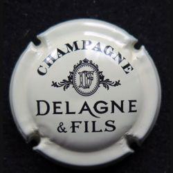 Capsule Muselet de bouteille de champagne Delagne & Fils crème et noir