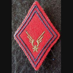 LOSANGE DE BRAS MODÈLE 45 : Modèle sous-officiers du GAOA ALAT (Artillerie) fil doré