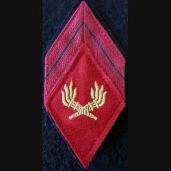 LOSANGE DE BRAS MODÈLE 45 : caporal du Service des essences des armées SEA