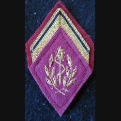 LOSANGE DE BRAS MODÈLE 45 :  auxiliaire sanitaire sergent engagé du Service de santé des armées