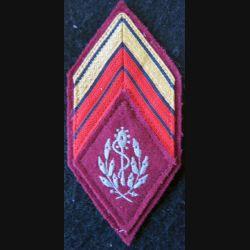 LOSANGE DE BRAS MODÈLE 45 :  Caporal chef ADL auxiliaire sanitaire du Service de santé des armées