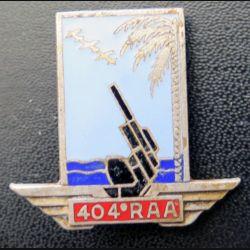 404° RAA : insigne métallique du 404° régiment d'artillerie antiaérienne de fabrication Drago Paris H. 695 en émail