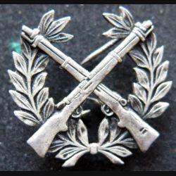 POLOGNE : brevet de tireur d'élite polonais en métal argenté