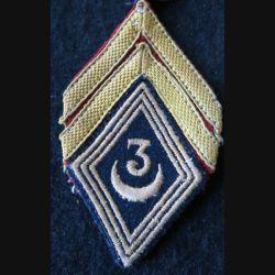 LOSANGE DE BRAS MODÈLE 45 :  brigadier du 3° régiment de spahis algériens FFA 1948