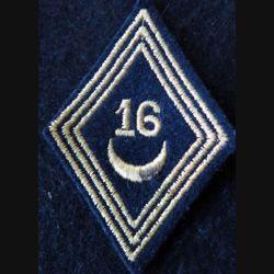 LOSANGE DE BRAS MODÈLE 45 :  modèle troupe 16° régiment de spahis tunisiens