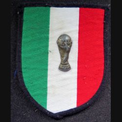 insigne tissu dela FIFA world cup italienne 7 x 9 cm (insigne métal au centre)