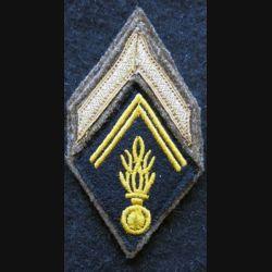 LOSANGE DE BRAS MODÈLE 45 :  maréchal des logis auxiliaire de Gendarmerie période Algérie avant 1962