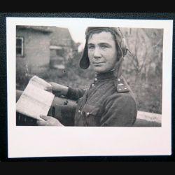 URSS : photo du Lieutenant des troupes blindées de l'armée rouge Alexander Kosmodemianski 9 x 6 cm