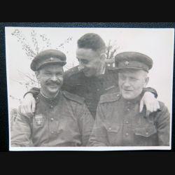 URSS : photo d'un groupe d'officiers de l'armée rouge 1943 8 x 11,3 cm