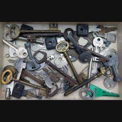 Lot de 50 clés en métal