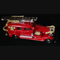 MATCHBOX MODELS OF YESTERYEAR YFE03 1933 CADILLAC FIRE WAGON