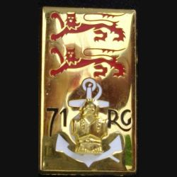 71° RG : insigne du 71° régiment du génie de fabrication Boussemart G. 2149 dos mat