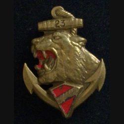 23° RIC : insigne métallique du 23° Régiment d'infanterie Coloniale  de fabrication Drago Paris Peint