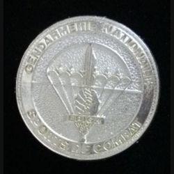 EPIGN : insigne métallique de brevet de sports de combat de l'escadron parachutiste d'intervention de la Gendarmerie nationale EPIGN de fabrication Boussemart 2002 modèle tout métal plaqué argent