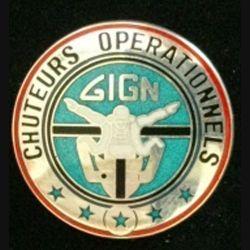 GIGN : insigne métallique du brevet des chuteurs opérationnels du groupe d'intervention de la gendarmerie nationale GIGN de fabrication JMM INSIGNES modèle prestige translucide argent