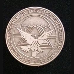GSIGN : insigne de brevet du Groupement de Sécurité et d'intervention de la Gendarmerie Nationale de fabrication Y. Boussemart GNS 002 modèle tout métal argenté