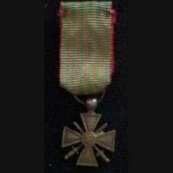 FRANCE : CROIX DE GUERRE 1914-1918 EN RÉDUCTION