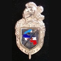 GENDARMERIE : Insigne de la gendarmerie Forpronu avec l'écu tout argenté (plateau doré)