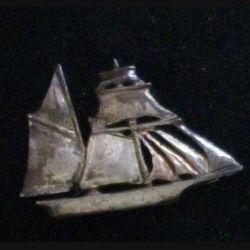 PIN'S : insigne des tonnerres de Brest en ARGENT MASSIF de largeur 2,2 cm en 1991 avec poinçon du bijoutier qui les a réalisés