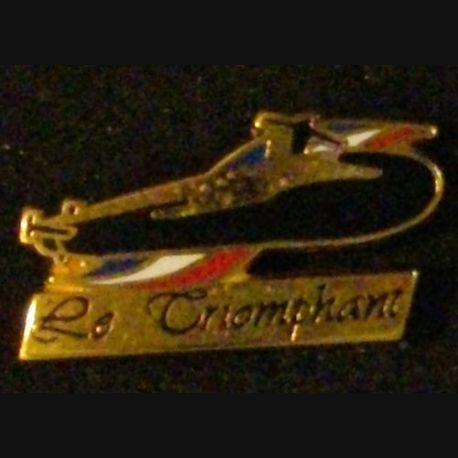PIN'S : SOUS MARIN LE TRIOMPHANT (LARGEUR : 3 cm)