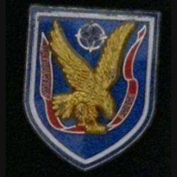 8° RPIMA : insigne métallique du 8° régiment parachutiste d'infanterie de Marine RPIMA EXTRACTION FORCE de fabrication Parallel modèle prestige