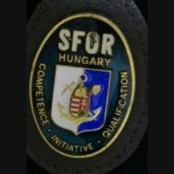SFOR HUNGARY vert foncé sur cuir