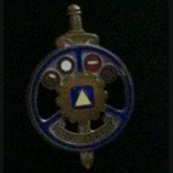 MONITEUR : insigne de moniteur de conduite automobile en bronze, émaillé, de fabrication Drago rue Olivier Métra H. 663 sans attache