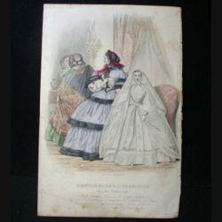 MODE : Le Moniteur des dames et des demoiselles : gravure couleur de Jules David présente trois femmes en robe mode d'Alexandrine